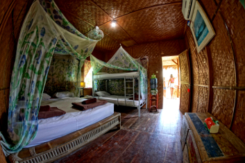 Double room surf camp indonesia.